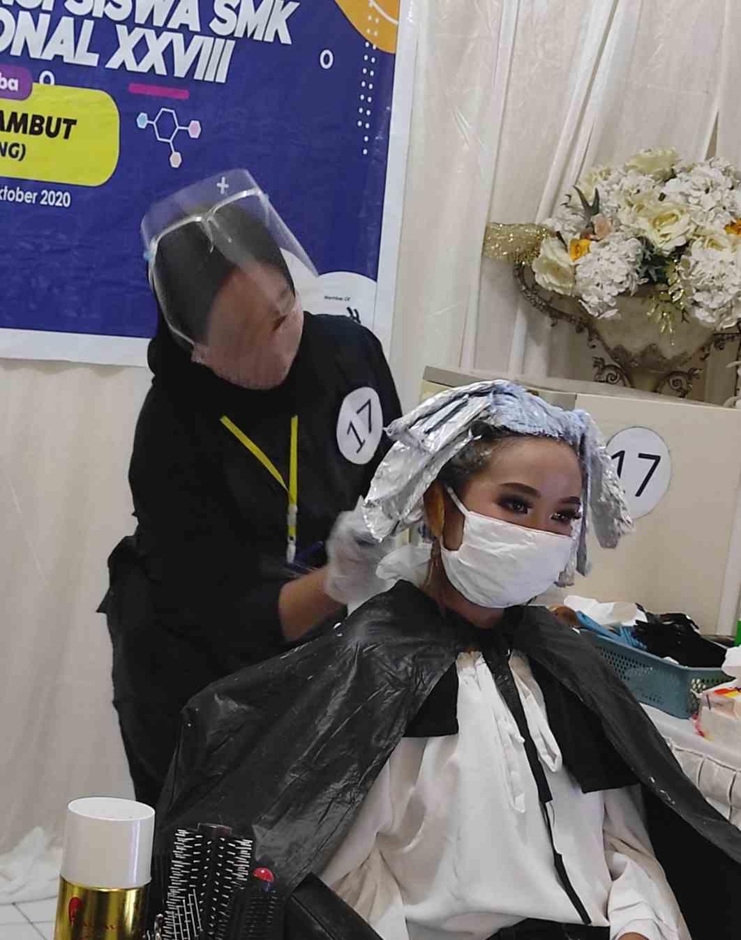 Siswi SMKN 3 Kendari Raih Peringkat 8 Lomba Hairdressing Tingkat Nasional 2020